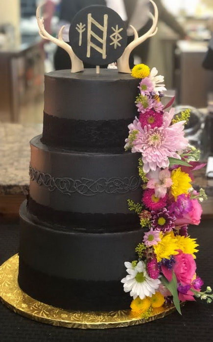 unique nontraditional black Wedding Cake Bakery Dallas NC Belmont NC Gastonia NC